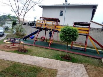Piso de Borracha para Playground